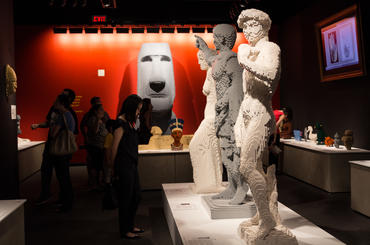 Art History Gallery in The Art of The Brick. Photo courtesy of THE ART OF THE BRICK.